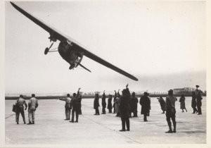 Anoniem -Vertrek per KLM naar Indie, april 1931- Postcard