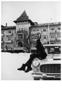 Lancia -B.Bardot op Flaminia cp- Postcard