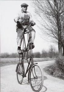 Henk  Blansjaar (1910-1981) -Etagefiets, 1951- Postcard