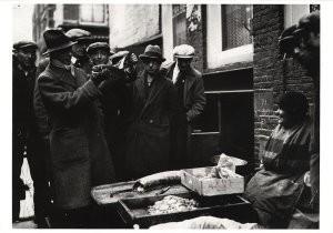 Raoul Hynckes (1893-1973) -Raoul Hynckes in Amsterdam- Postcard