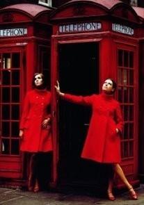 Paul Huf (1924-2002) -Avenue, London Fashion, 1966- Postcard
