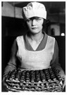 Lewis Hine(1874-1940)  -  Candy Worker, New York - Postcard -  A16648-1