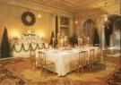 -  Vestibule met Deventertapijt en gedekte tafel en b - Postcard -  A6011-1