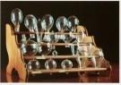 -  Elektrische gloeidraadlampen in een rek, 1881-82 - Postcard -  A9689-1