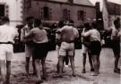 Kurt Lubinski (1899-1969)  -  Worstelaars begroeten elkaar, Bretagne 1932 - Postcard -  B3364-1
