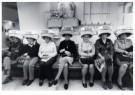 Bert Nienhuis (1944)  -  Kappersvaksschool-Hairdressing school, Amsterdam - Postcard -  B3418-1