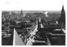 P.D. van der Poel (1919-2004)  -  Langestraat vanaf de Grote Kerk, Alkmaar - Postcard -  B3713-1