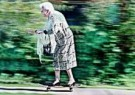 Alexander Massey  -  86 Years old Anne Wright on her skateboard - Postcard -  C8656-1
