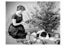 Spaarnestad Fotoarchief,  -  Vrouw bij kerstboom - Postcard -  D1148-1