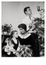 Spaarnestad Fotoarchief,  -  Gezinstafereel, kerstmis - Postcard -  D1186-1