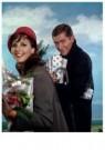 Spaarnestad Fotoarchief,  -  Kerstcadeaus, de laatste kerstinkopen - Postcard -  D1209-1