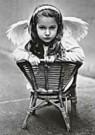 Alexandra Stonehill  -  A.Stonehill/Sitting Pretty - Postcard -  QB081-1