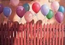 Stephen Hender  -  Balloons on Fence, 1998 - Postcard -  QC409-1
