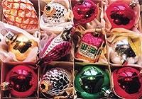 Francis Lake - Kerstballen zolder - christmas card